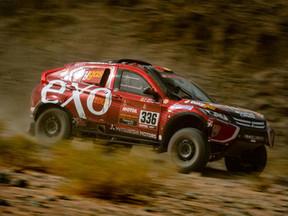 La dureza del Dakar no puede con Cristina Gutiérrez y su Mitsubishi Eclipse Cross