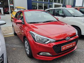 Hyundai i20 1.2-16V 7.990* Euros