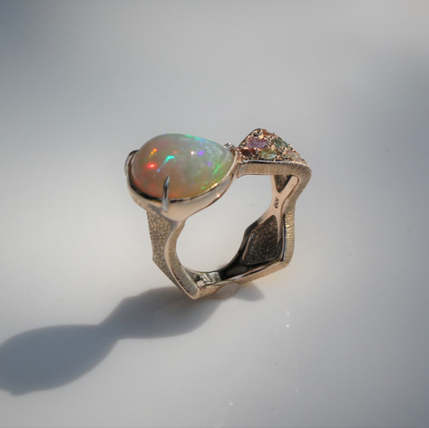 Opal & Coloured Stones
