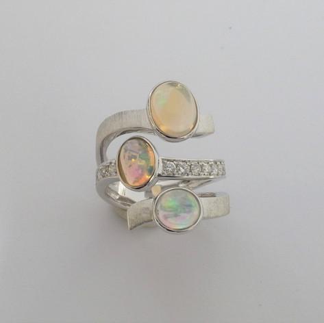 3-Stranded Opal