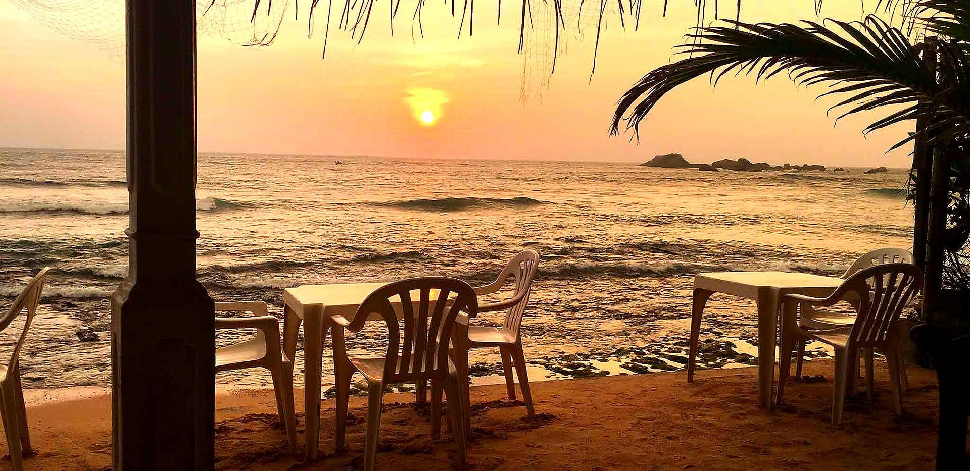 refresh-hikkaduwa-restaurant9%20(1)_edit