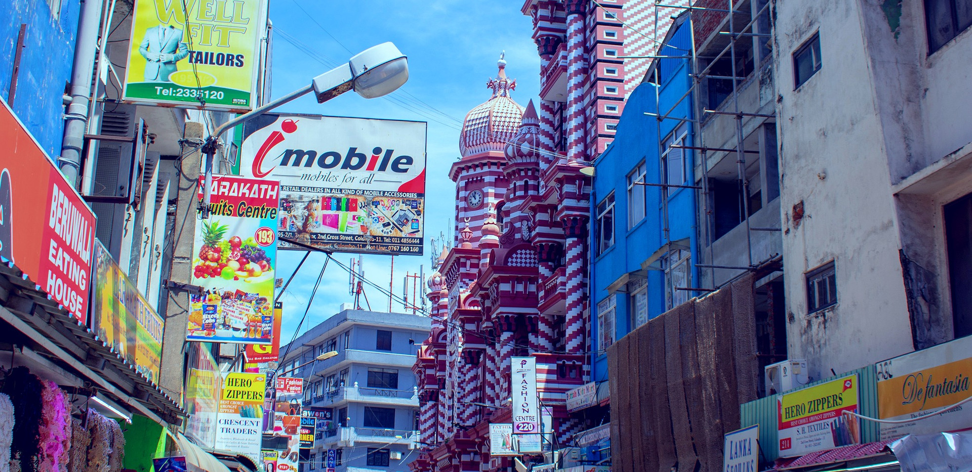 busy-street-4534539_edited.jpg