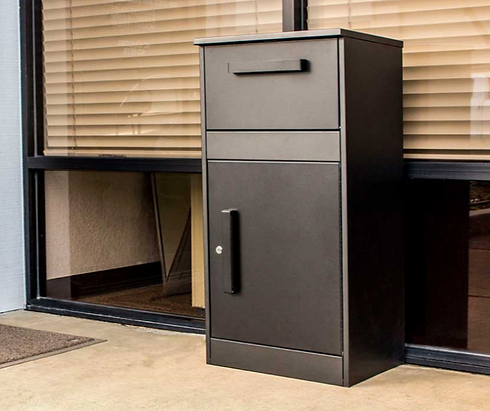 Winfield-Defender-04-secure-parcel-box-f