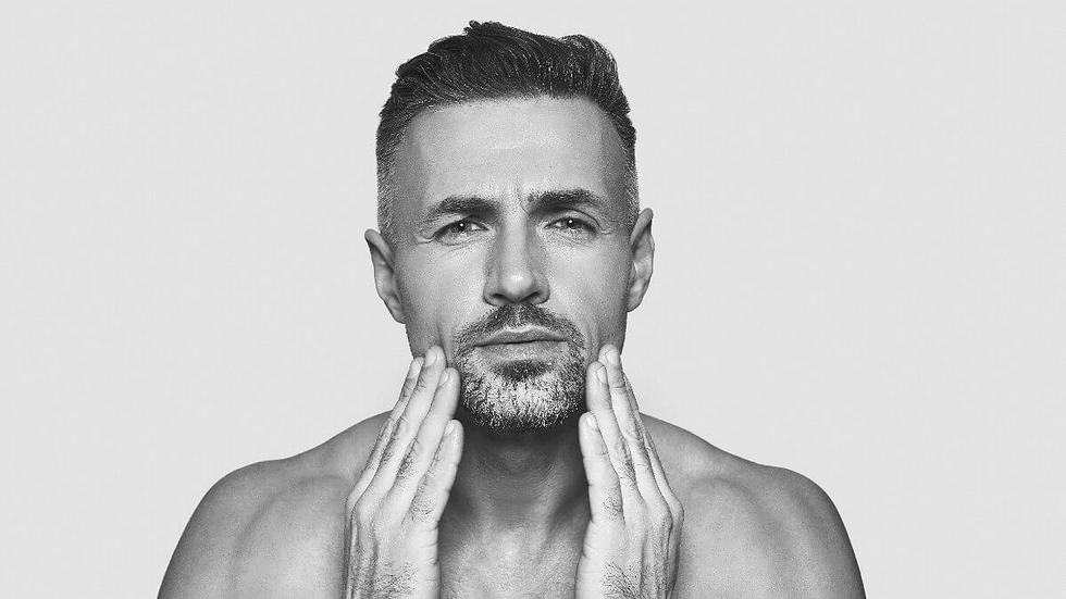 man-facial-treatment.png