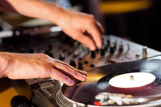 Rental DJ Studio