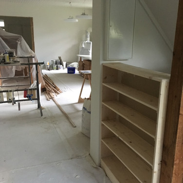 Neues Raumteiler-Küchenregal