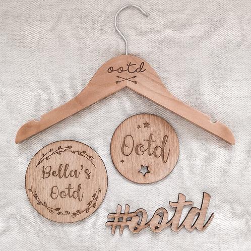 OOTD Discs / Hanger / Word Oak Wooden Photography Props