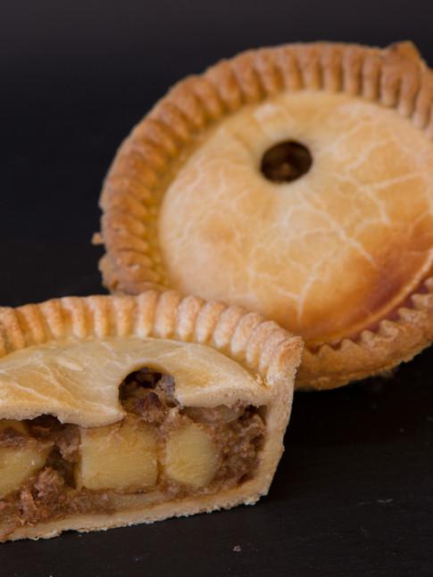 Meat & Potato Pie - £4.75 pp