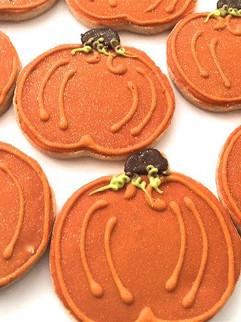 Pumpkin shaped sugar cookies