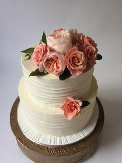 wedding-cake-pink-flowers-dreamin-desser