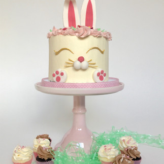 Easter bunny layer cake