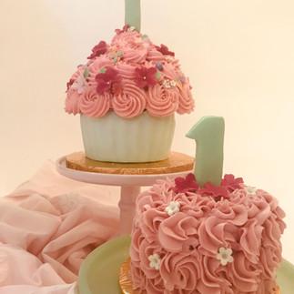 Pink rose smash cake