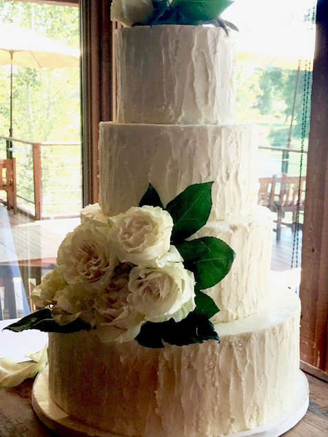 wedding-cake-vertical-ruffles-fresh-rose