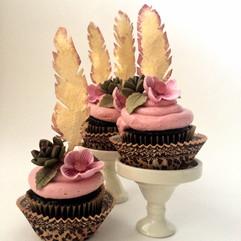cupcakes-succulents-dreamin-desserts-ORG.jpg