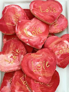red-heart-sugar-cookies-min_edited.jpg