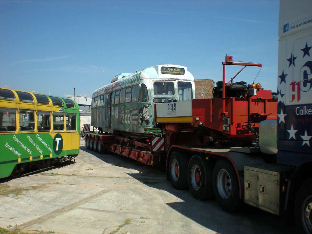 TRAM DELIVERY ABP JUNE 10 055.JPG
