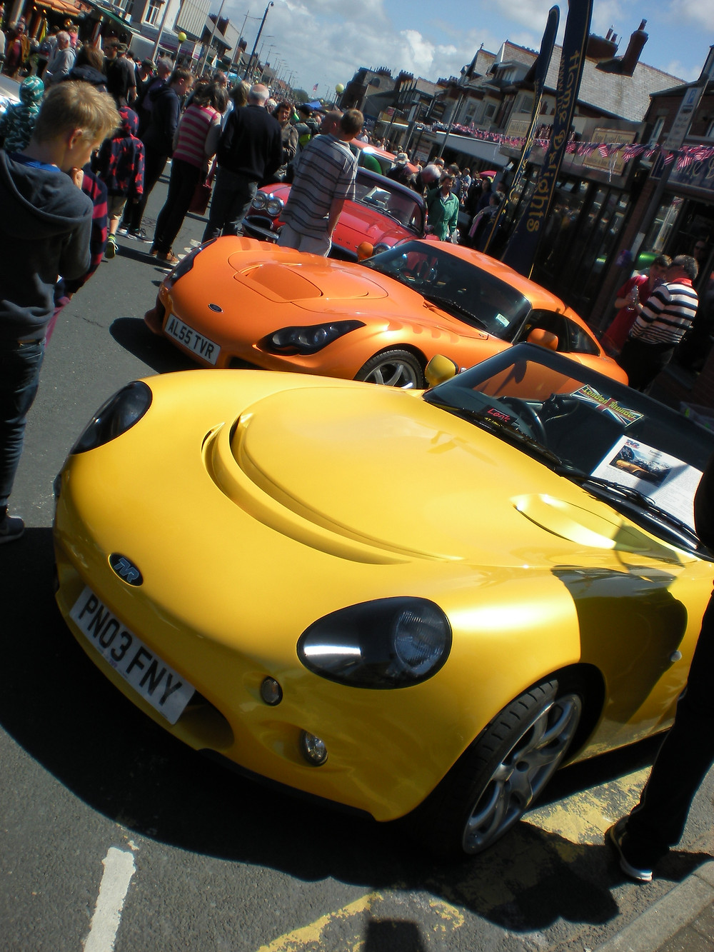 JUNE 7 2015 CLEVELEYS CAR SHOW 027.JPG