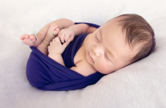 newborn maternity family cake smash portrait photography studio Hawaii oahu