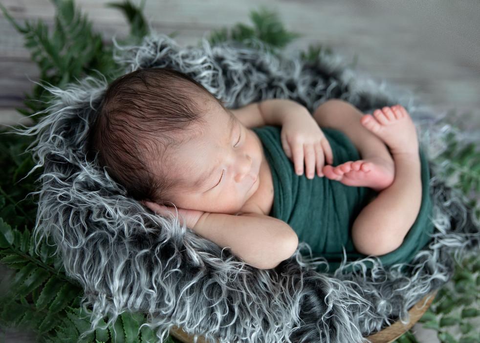Newborn maternity family photography Hawaii Oahu