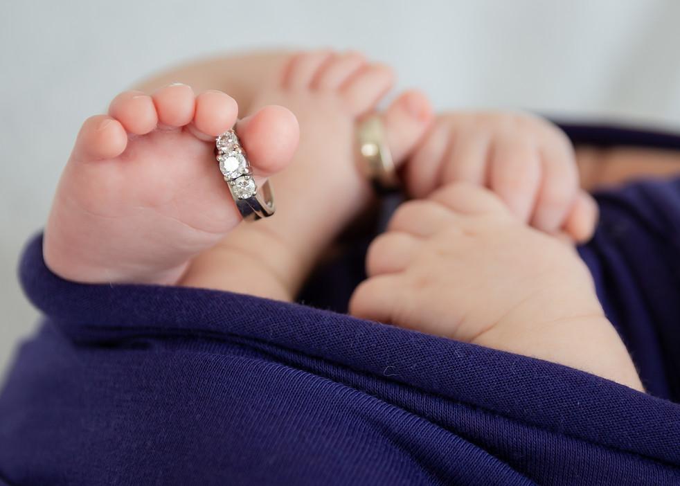 portraits newborn maternity cake smash photo Hawaii Oahu