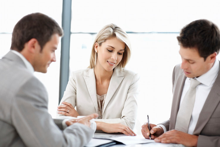 content_Contract-Signing-3People-iStock_