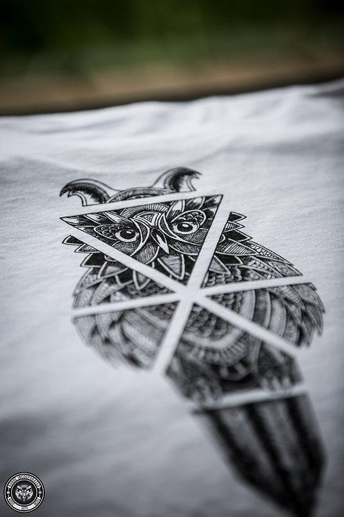 """Rogue Inc Apparel - White """"Owl"""" Gildan Shirt"""