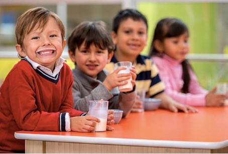 New Act Would Allow Schools to Serve Whole, and 2% Milk