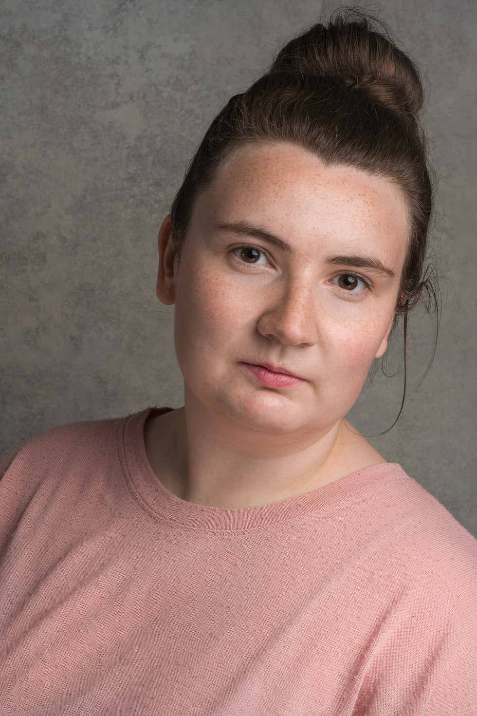 KELLY SIMMONDS - ACTOR