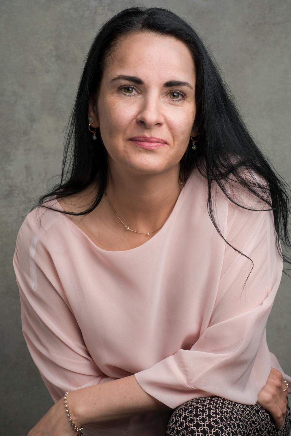 YVONNE DUNCAN -ACTOR