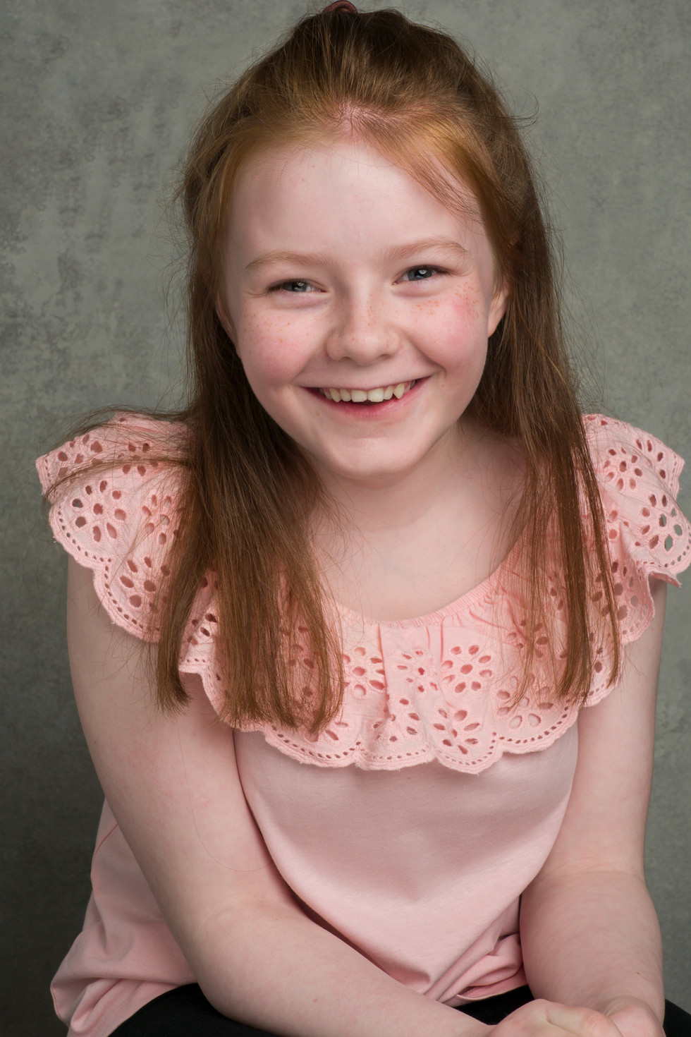 SOPHIE CLIFTON - ACTOR