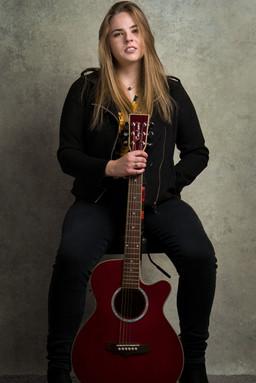 JULIA HART - MUSICIAN