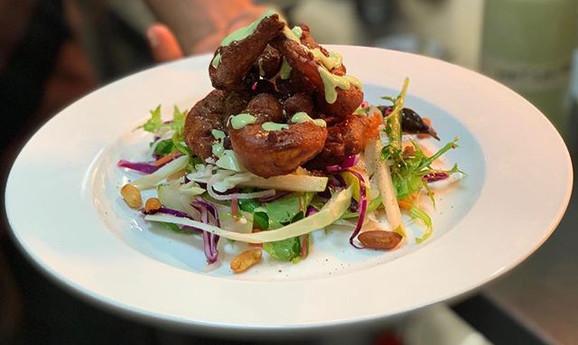 Tampura prawns salad very tangy & crispy