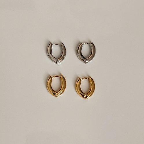 Minimal Style Huggie Earring