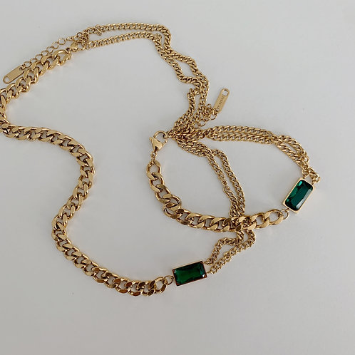 Emerald Chains Vintage Style Necklace
