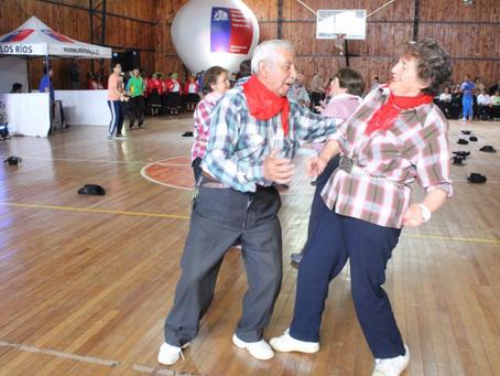 Beneficios del baile para la gente mayor.