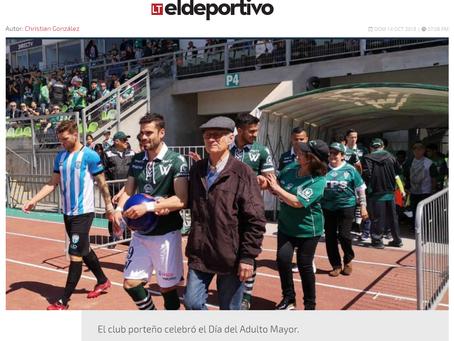 NOTICIA - EL NOBLE GESTO DE SANTIAGO WANDERERS: INGRESA A LA CANCHA ACOMPAÑADO POR ADULTOS MAYORES