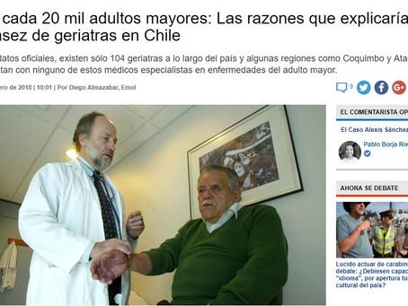 Uno cada 20 mil adultos mayores: Las razones que explicarían la escasez de geriatras en Chile.