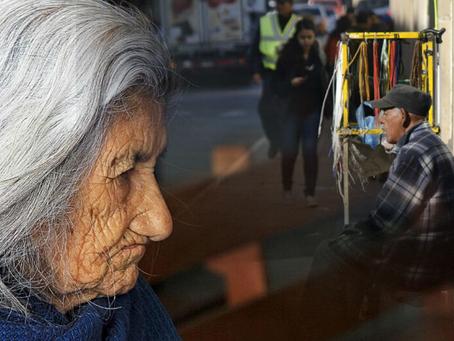 Rol de la sociedad en el abandono a adultos mayores.