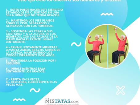 Este ejercicio fortalecerá sus hombros y brazos.