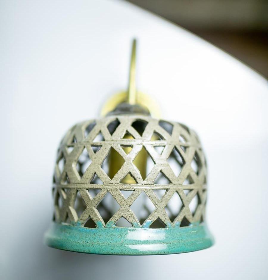 גוף תאורה מקרמיקה, אהיל מנורה מעוצב, מקרמיקה עבודת יד