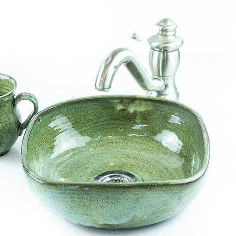 כיור קרמיקה בצבע ירוק בקבוק, כיור בעבודת יד