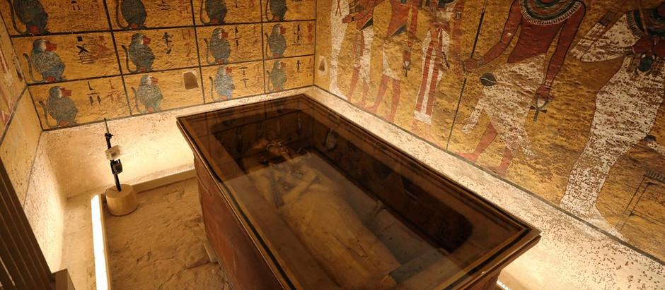 Conheça a história de 10 tumbas encontradas intactas
