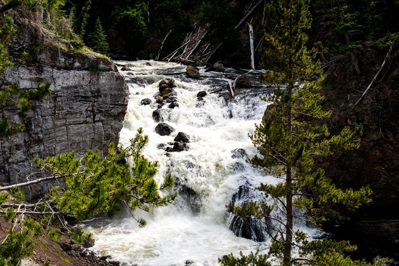 Firehole-Drive-Waterfall