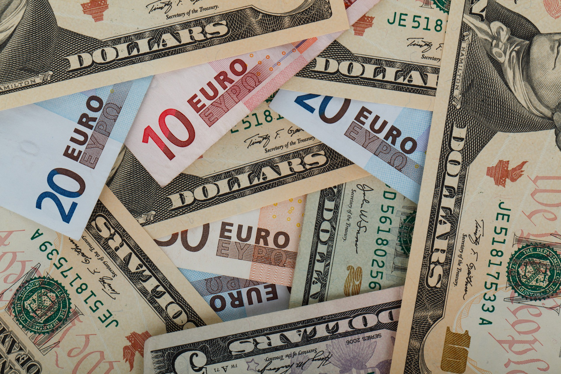 Pixabay_public_domain_photo_EURO$.jpg