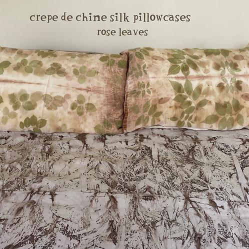 Pair of crepe de chine silk pillowcases - rose leaves