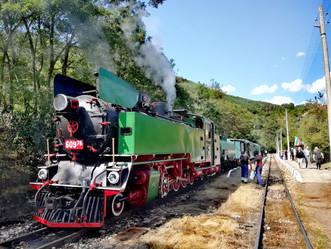 На 30 юли БДЖ показва Малкия ретровлак с парния локомотив на теснолинейката