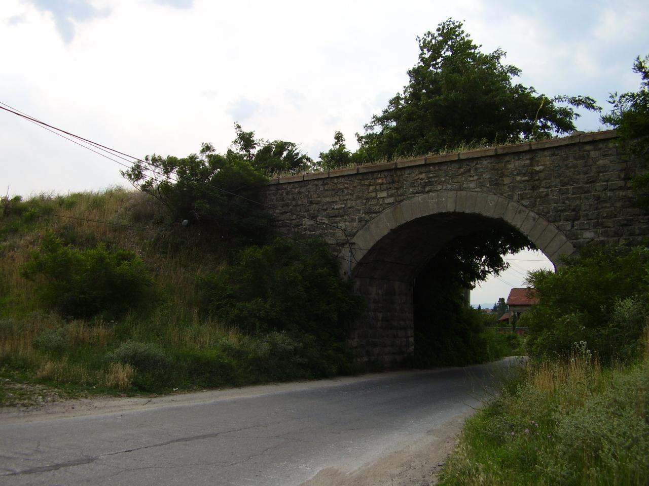 Мостът във Варвара