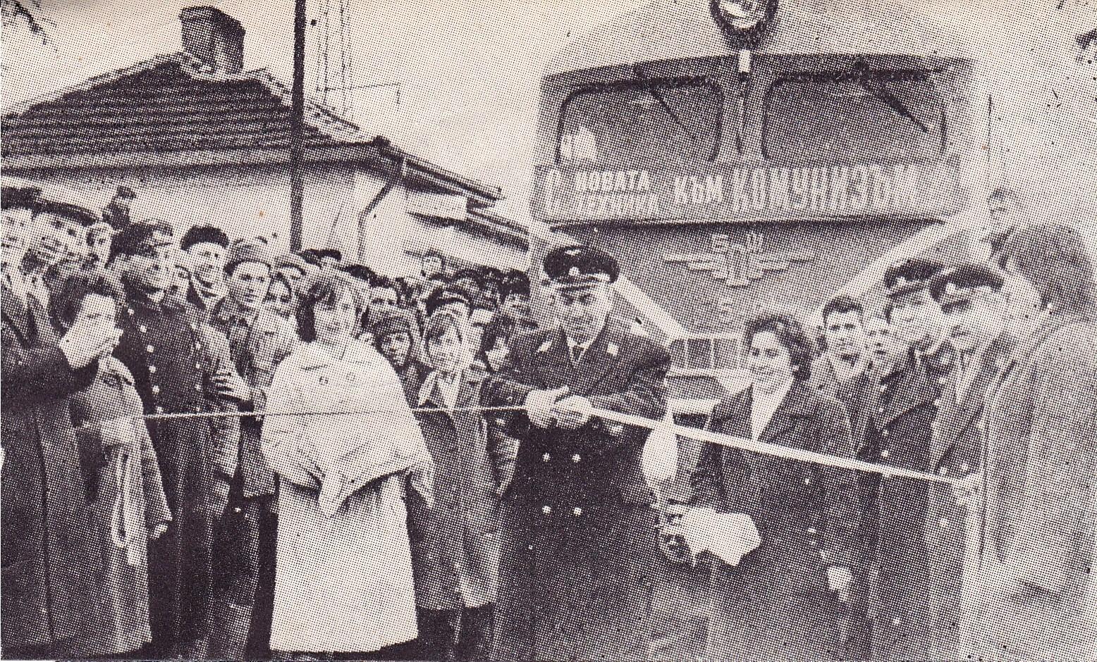 Първият влак с дизелов локомотив
