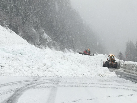 Snoqualmie Pass to reopen after avalanche control at 12:00, Stevens still closed, White Pass open