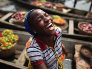 Cómo la risa te hace un mejor trabajador